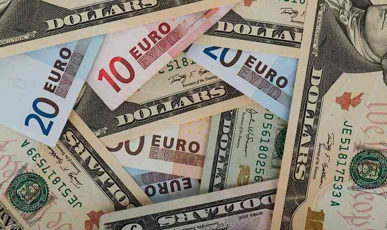 Euro to US Dollar rates