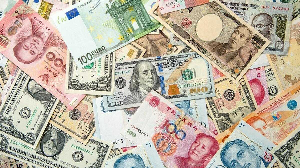 Operating Globally? Invoicing in a Foreign Currency Explained