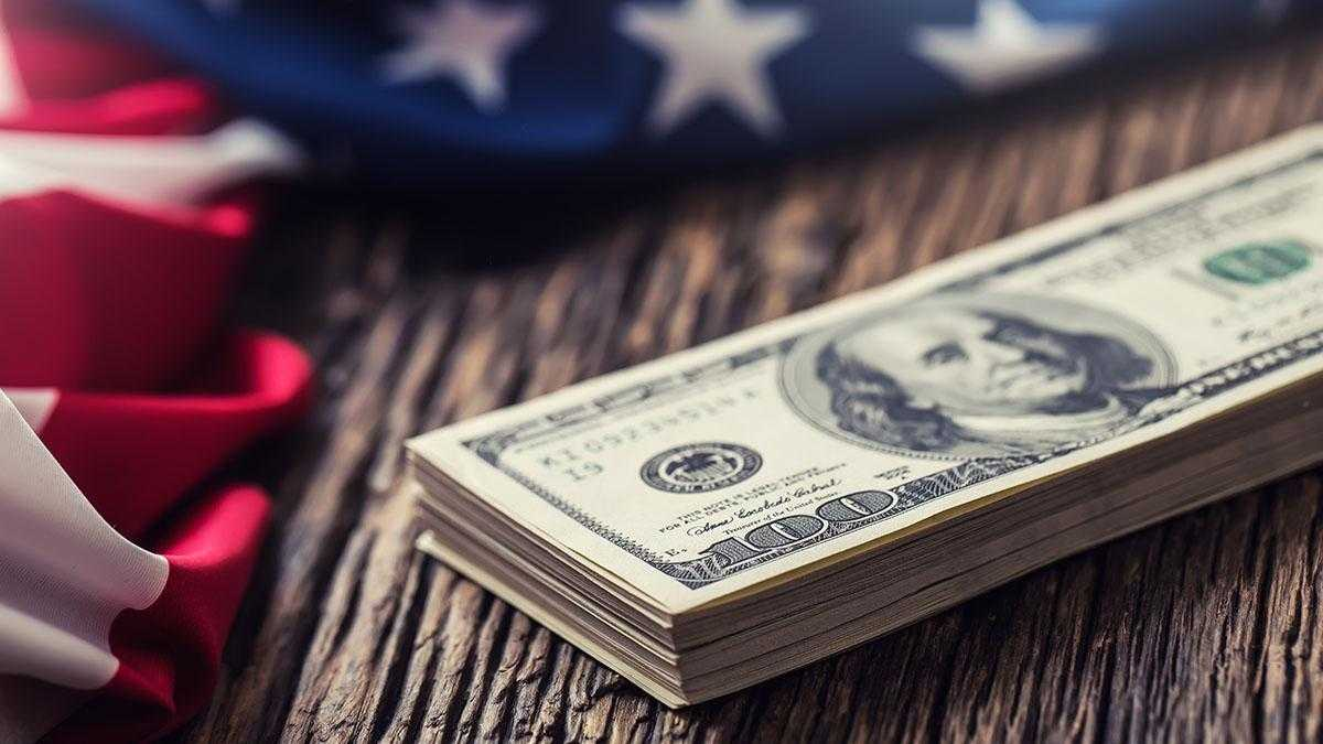 Dollar Weakens As Possibility Of Trade Deal This Year Looks Unlikely